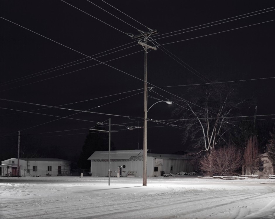 Crossroad at night, Oregon, 2012